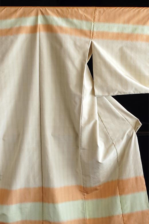 芝崎圭一 制作:草木染め織物:熨斗目/山桜