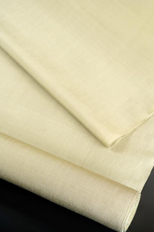 芝崎圭一 制作:草木染め手織紬:無地織/矢車