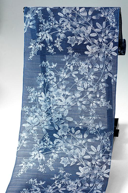 竺仙:本藍染め長板中形 綿絽 萩に鉄線