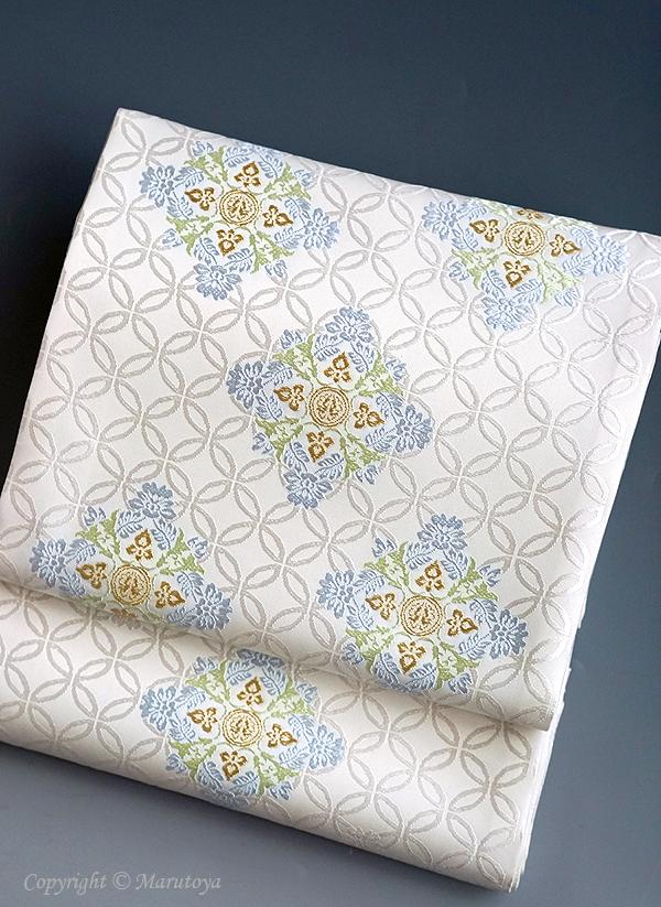 袋帯 有職織物 唐花筥形